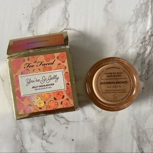 too faced you're sojelly highlighter bourbonbronze